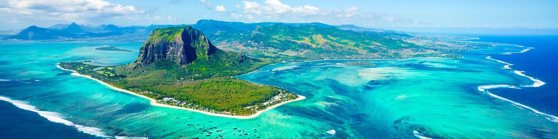 Paradiesische Strände, türkisblaues Meer